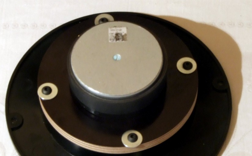 "<span class = ""entry-title-primary""> CNC Adapter Plate </ span> <span class = ""entry-subtitle""> for various Scan-Speak and Peerless tweeters on WG-300 and PCT-300 </ span>"